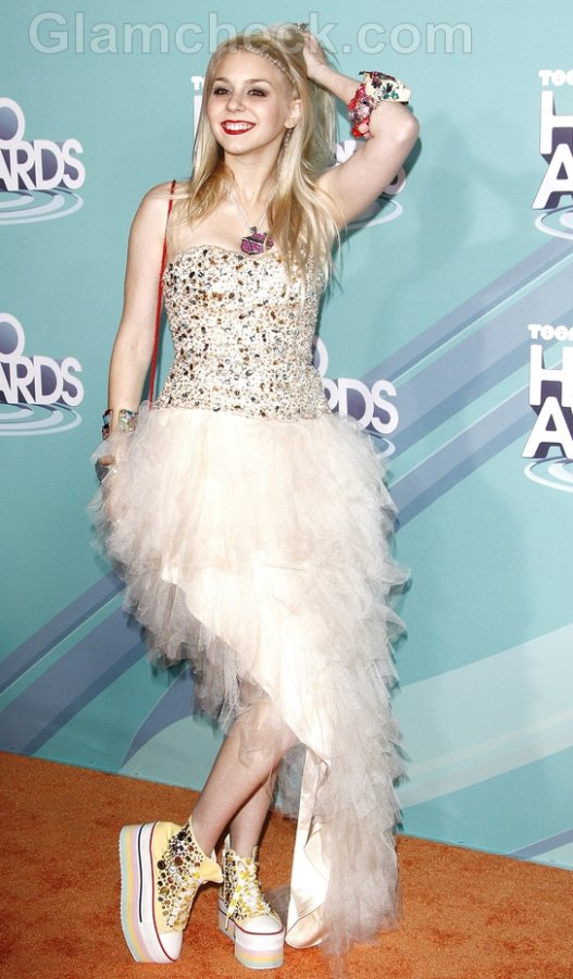 Colette-Carr-Bejeweled-From-Head-to-Toe-at-2011-TeenNick-HALO-Awards