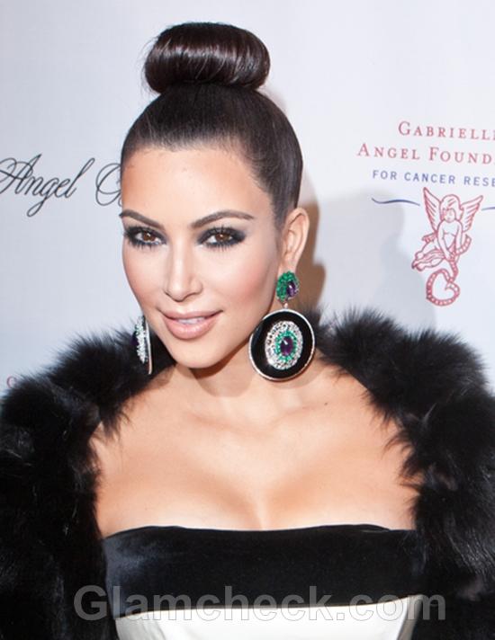 Kim Kardashian Rocks Sleek Top Knot