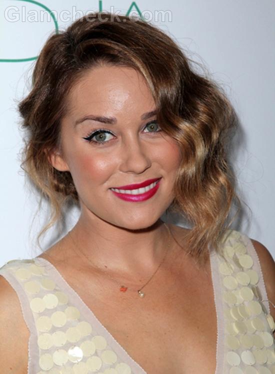 Lauren-Conrad-in-Retro-inspired-Hairdo-at-Autumn-Party