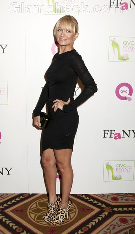 Nicole-Richie-Wears-Black-Mini-Dress
