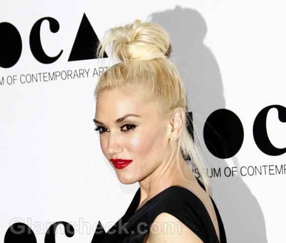 Gwen Stefani In Messy Top Bun at 2011 MOCA Gala