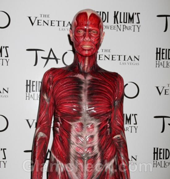 Heidi-Klum-Terrifies-at-Halloween-Party