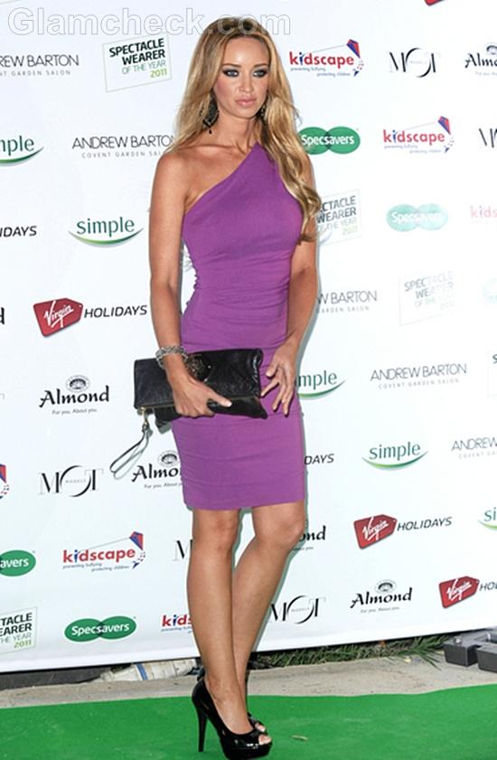 Lauren-Pope-in-Purple-Sheath-Dress