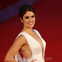 Nikki-Reed-Ruins-Stunning-White-Gown-by-wearing-it-with-a-Bodysuit
