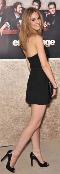 how to wear halter dress-6