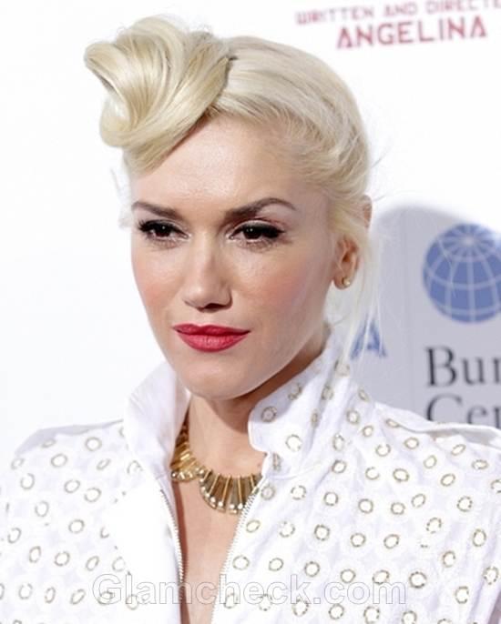 Gwen Stefani Sports Unique Updo
