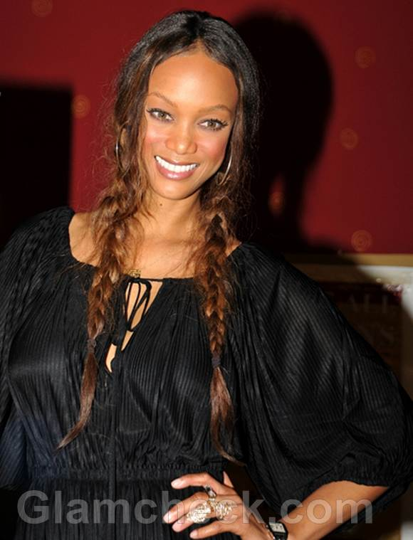 Tyra Banks Sports Twin Braids for Modelland Signing
