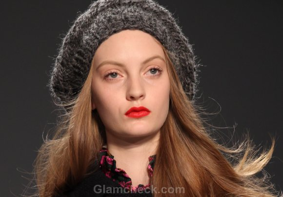 Beauty How To Tomato Red Lips tutorial