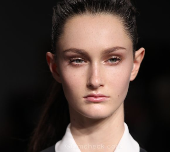 Beauty how to minimal makeup calvin klein fall 2011 -2