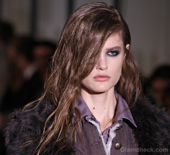 Hairstyle how to side swept asymmetric androgynous hair-do