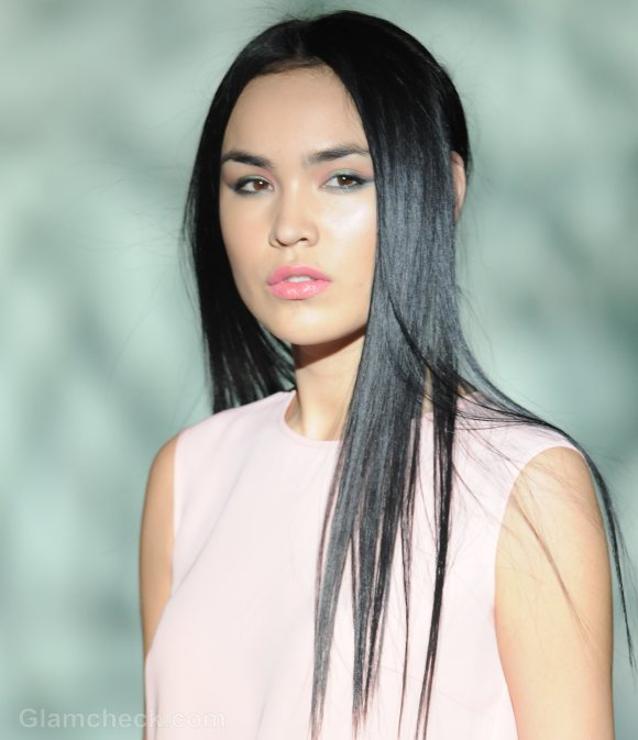 Hairstyle trends-s-s 2012-straight-hair