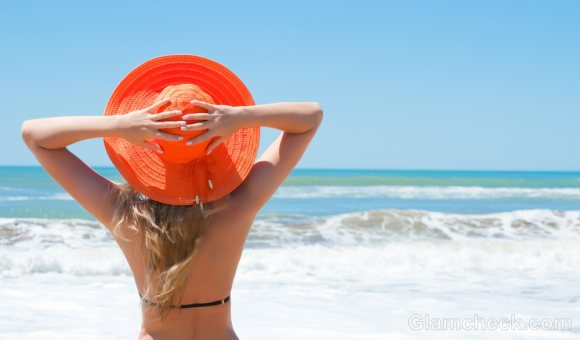 Things to pack for the beach-hats