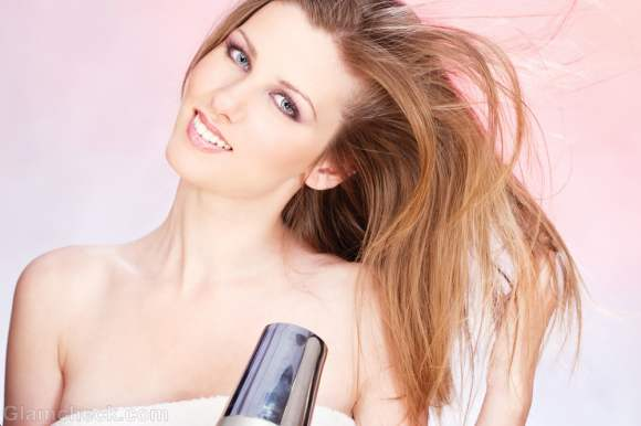 Blow-drying-hair-tips-precautions