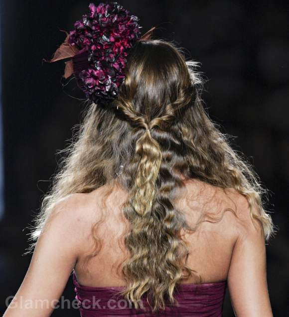 Hairstyle how curls with two strands tied up behind