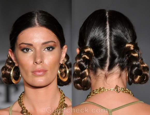 Hairstyle how to looped side braids