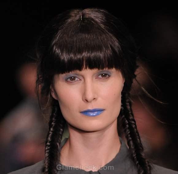 Makeup trends s-s 2012 blue lips
