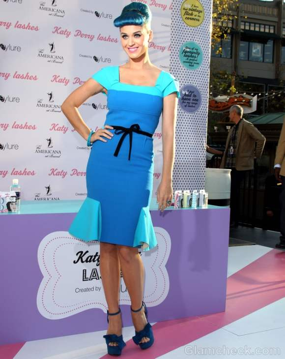 Pictures: Katy Perry Sporting 50s pin-up Girl Look