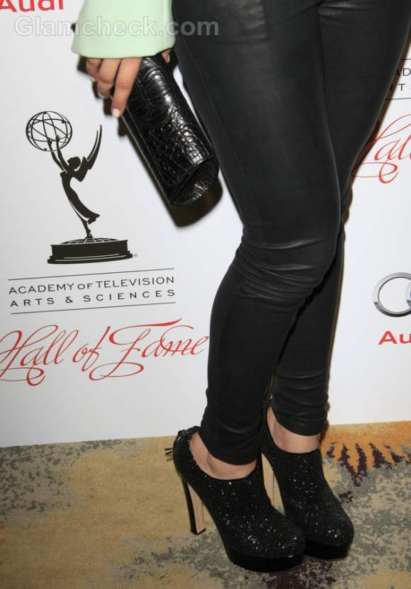 Kaley Cuoco Dons Sexy Leather Pants At Annual Hall Of Fame