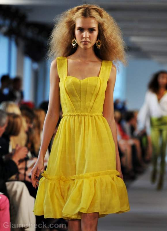 Style Pick Of The Day Yellow Summer Dress By Oscar De La
