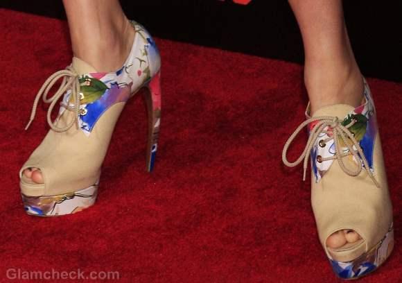 creepy heels