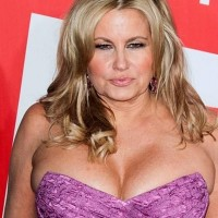 faux-pas-Jennifer-Coolidge