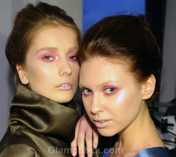 makeup trends s-s 2012 pink eyeshadow