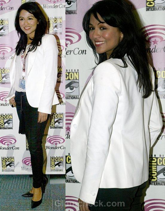 style Inspiration white blazer Karen David