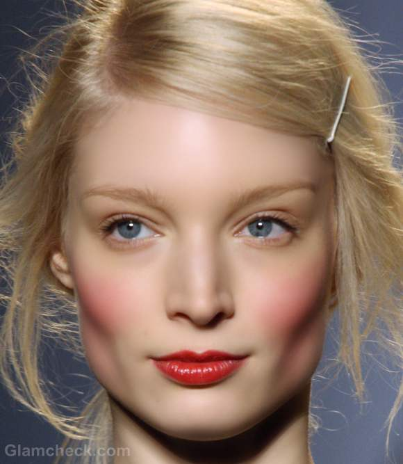 Beauty how to weathered cheeks red lips natural eyes