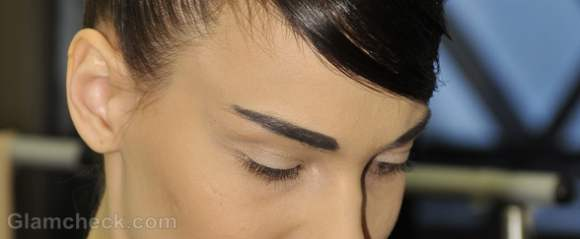 Beauty trends fall-winter 2012 bold natural eyebrows Basharatian-2