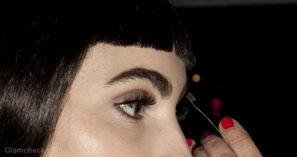 Beauty trends fall-winter 2012 bold natural eyebrows how to