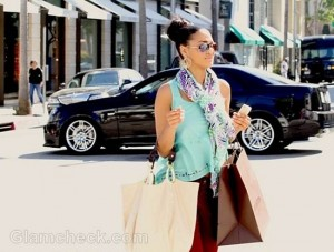 Camilla Poindexter Color-Block shopping style