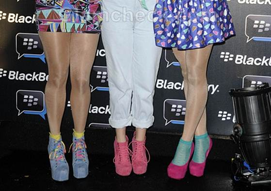 Celebs rock colorful spring shoes at blackberry party