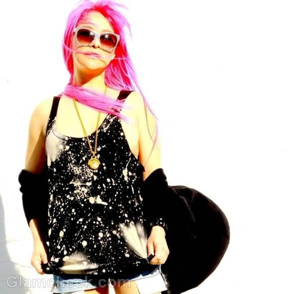 Chochi Fiamengo  shocking Pink Hair Retro Look
