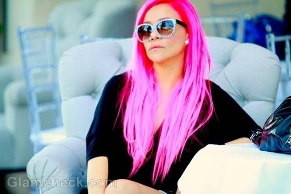 Chochi Fiamengo sports Fierce Pink Hair Retro Look