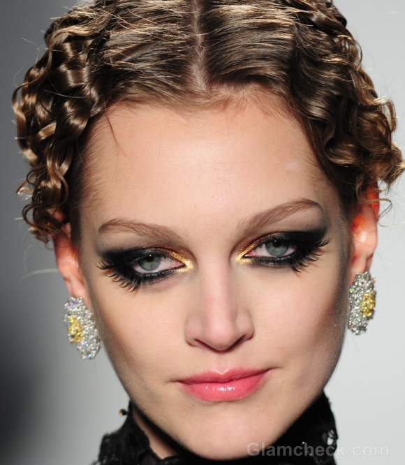 Makeup trends fall-winter 2012 two set eyelashes-1