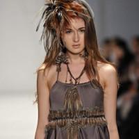 Sitka semsch fall-Winter 2012 feather accessories