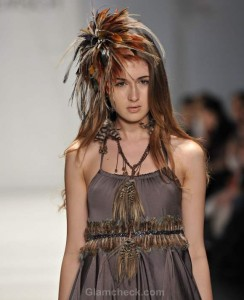 Sitka Semsch Fall/Winter 2012: Fascinating Feather Accessories