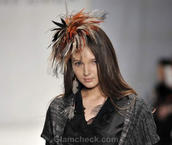 Sitka semsch fall-Winter 2012 feather accessories-3