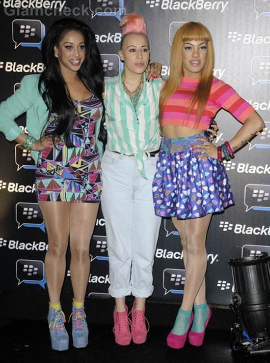 StooShe colorful spring shoes at blackberry party