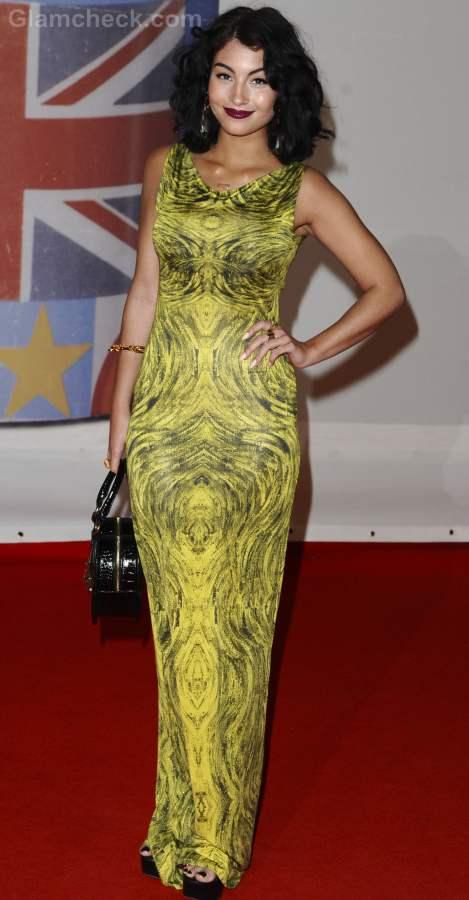 Style inspiration wearing black and yellow Yasmin