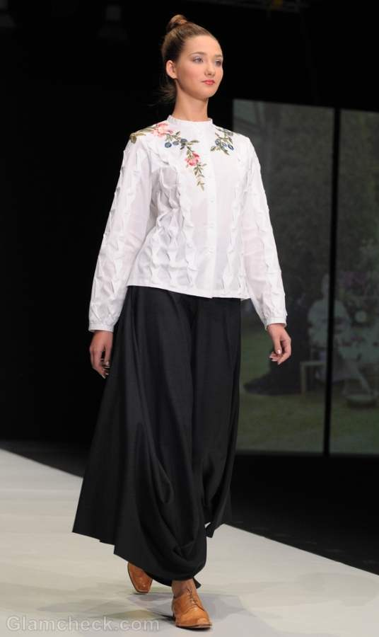 Style pick of the day flowy skirt pants Tatiana Parfionova s-s 2012