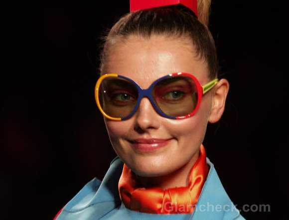 Accessories trend fall-winter 2012 bold colour blocked frames