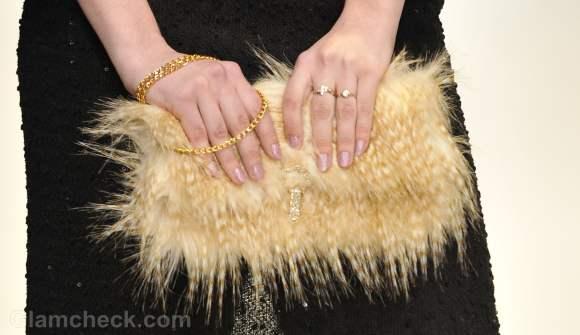 Accessories trend fall-winter 2012 fur bags OJen