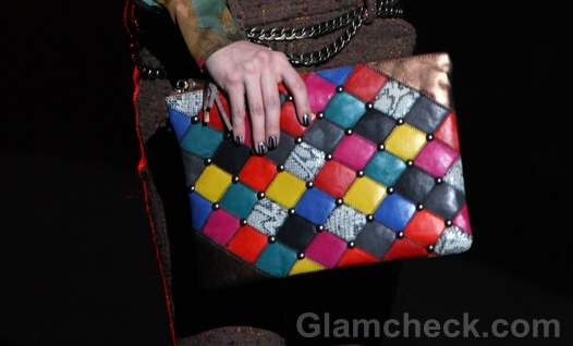 Accessories trends fall-winter-2012-clutch Betsey Johnson