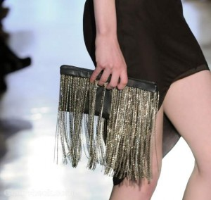 Accessories trends fall-winter 2012 fringe clutch