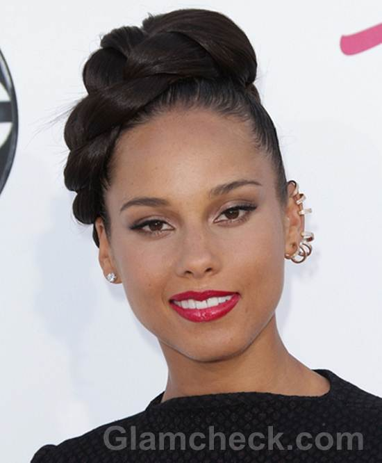 Alicia Keys Braid top of head