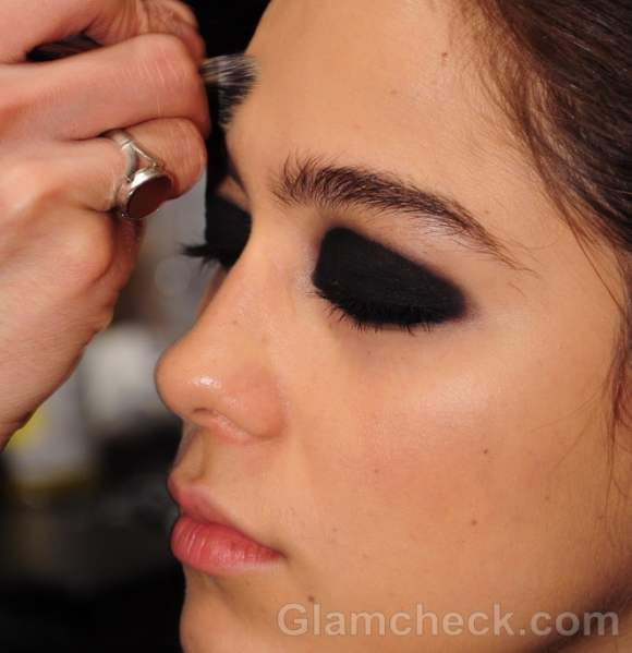 Beauty how to smoky eyes fall-winter 2012 Stephen Burrows