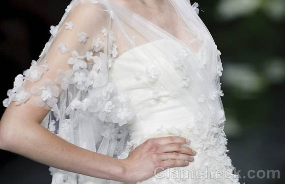 Bridal trends 2013 pronovias catwalk Spring 2013-1