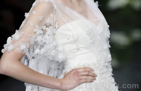 Bridal trends 2013 pronovias catwalk Spring 2013-1
