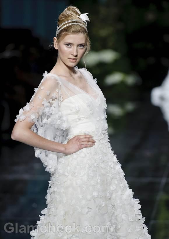 Bridal trends 2013 pronovias catwalk Spring 2013-13
